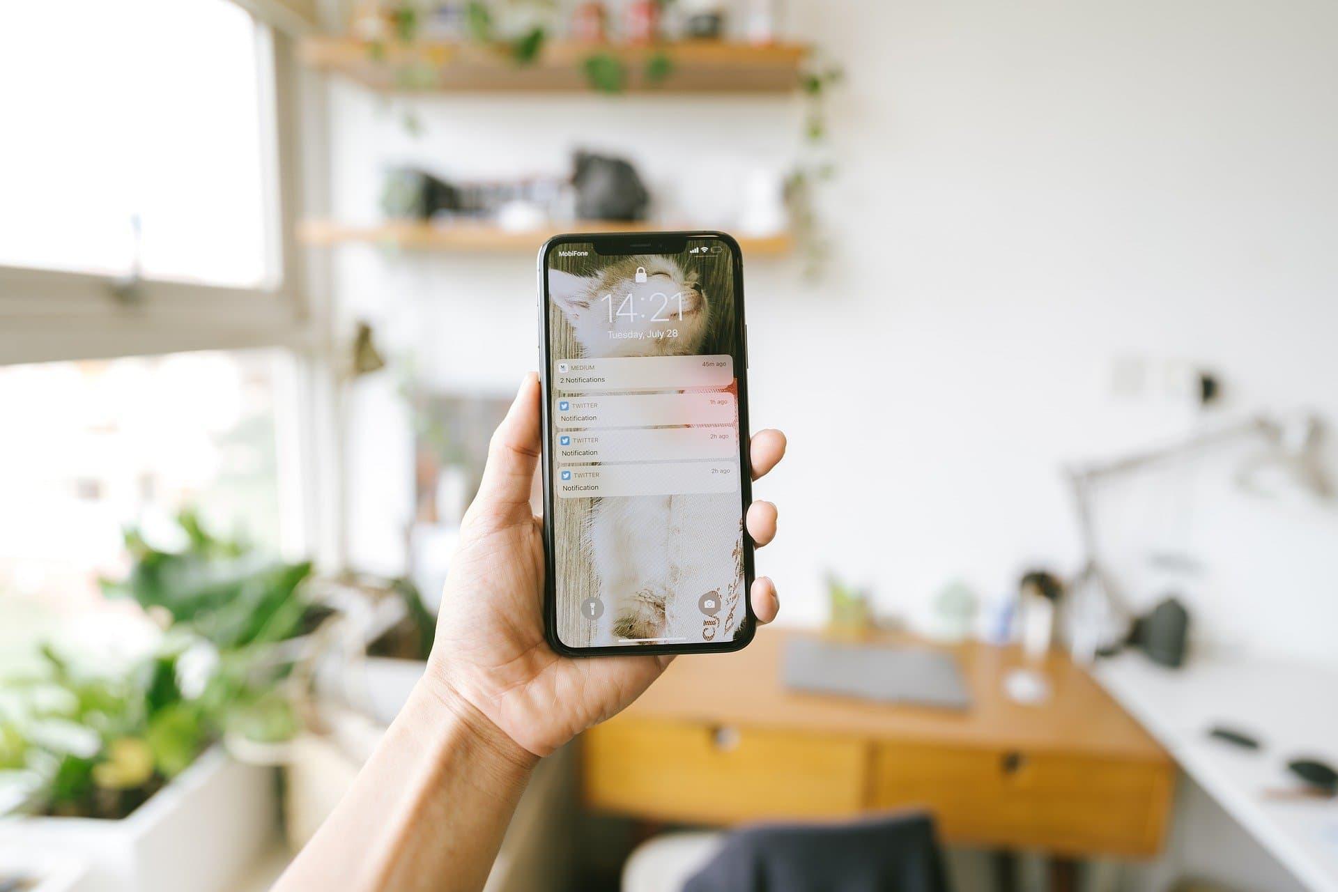 ¿Es malo usar el iPhone mientras se carga?: 6 mitos sobre los smartphones